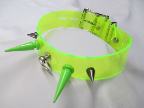 UV Green PVC with Green/Gunmetal 4 Spike Locking Collar